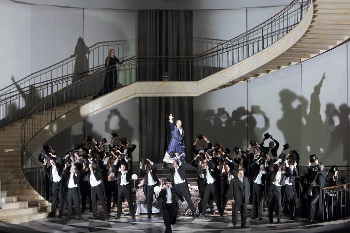 9a3b283e8 G. Verdi: Maškarný bál, Bavorská štátna opera Mníchov, 2016, Okka von der  Damerau (Ulrica), Piotr Beczala (Riccardo), Sofia Fomina (Oscar), George  Petean ...