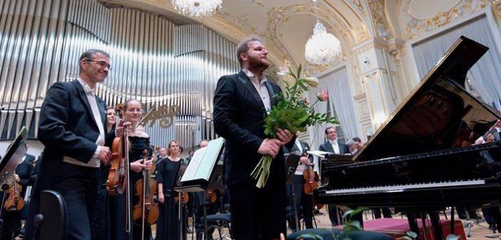 Nový objav Bratislavských hudobných slávností Lukáš Vondráček a kultivovaní Rižania