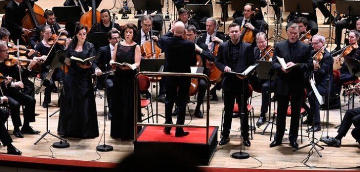 Dvořákova Stabat mater v Drážďanoch očarila kultúrou zvuku a Bršlíkovým tenorom