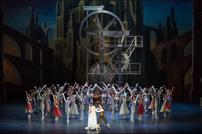 5eb3486c8 S. Prokofiev: Popoluška, Balet Parížskej opery, foto: Yonathan Kellerman /  OnP