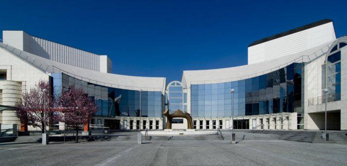 Slovenské národné divadlo ukončilo aktuálnu sezónu a s divákmi komunikuje online