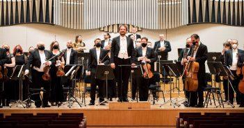 Hudba viedenského klasicizmu v podaní Slovenskej filharmónie a Petra Valentoviča